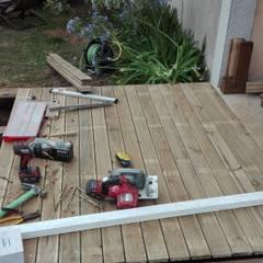 Acera madera en Santiago de Compostela: Jardines de estilo  de A-kotar