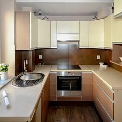 Cocinas de estilo asiático por Bro4u Online Services Pvt Ltd