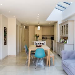 Victorian Terrace, Hither Green, Lewisham:  Dining room by Model Projects Ltd