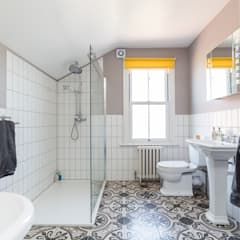 Victorian Terrace, Hither Green, Lewisham: classic Bathroom by Model Projects Ltd