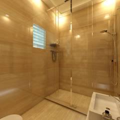 Ritu Gabriel:  Bathroom by Regalias India Interiors & Infrastructure