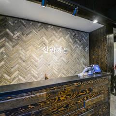 Moderne Wohnzimmer von IRO Design Modern