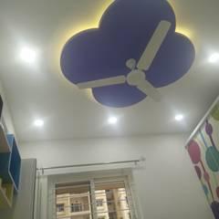 Projekty,  Dach płaski zaprojektowane przez Enrich Interiors & Decors