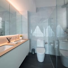 EASTWOOD GREEN 2:  Bathroom by Eightytwo Pte Ltd,Scandinavian
