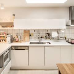 Küche von 봄디자인