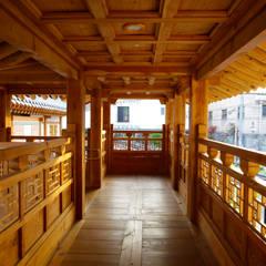 Trường học by 여유당건축사사무소
