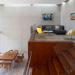 CASA TERRAZA: Salas / recibidores de estilo moderno por Chetecortés