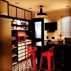 Muebles de cocinas de estilo  por PICHARA + RIOS arquitectos, Ecléctico Derivados de madera Transparente