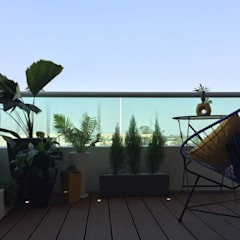 Teras oleh Citlali Villarreal Interiorismo & Diseño, Modern