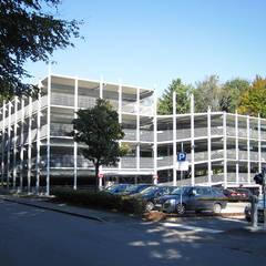 GEWERBEBAU - Parkhaus am Klinikum, Friedrichshafen:  Häuser von Schütze GmbH - Bauunternehmen