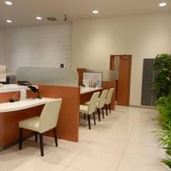 コンサルティングスペース: 株式会社アトリエKCが手掛けたオフィススペース&店です。