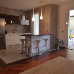 Kitchen by Pamela Tranquilli Interior Designer