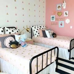 Dormitorio Franko & Co: Recámaras infantiles de estilo moderno por Franko & Co.