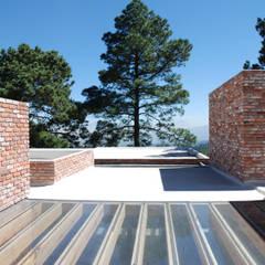 Casas ecológicas de estilo  por AWA arquitectos
