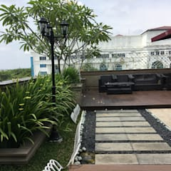 A Classic, Citra Garden. Medan City:  Taman by Lighthouse Architect Indonesia