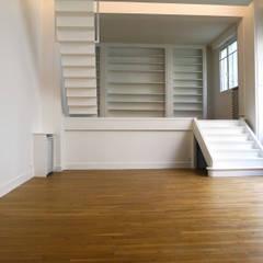 atelier: Escalier de style  par Lab123
