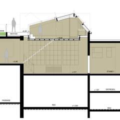 coupe: Maison individuelle de style  par Lab123