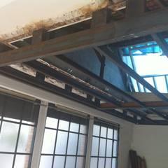 structure suspendue: Planchers de style  par Lab123