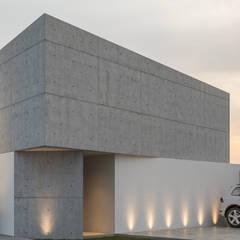 Projekty,  Dom jednorodzinny zaprojektowane przez Mexikan Curious