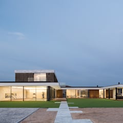 Houses by Risco Singular - Arquitectura Lda