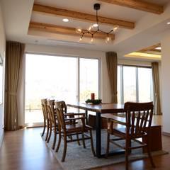 Dining room by 우드선 목조건축