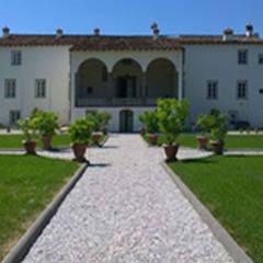 Projekty,  Dom rustykalny zaprojektowane przez Marco Baldacci Architetto