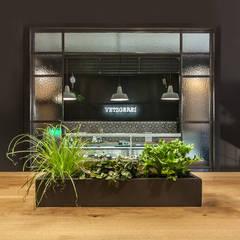 Store Design - Vegan Butcher:  Gastronomie von MM STUDIO - INTERIORS BERLIN