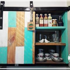 ALACENA PIAMONTE: Cocinas de estilo  por Pequeños Proyectos,Rústico Madera Acabado en madera