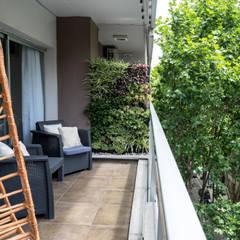Obra Avalos - Diseño Integral Living comedor: Terrazas de estilo  por Bhavana