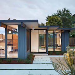 Mid-Mod Eichler Addition Remodel by Klopf Architecture: modern Houses by Klopf Architecture