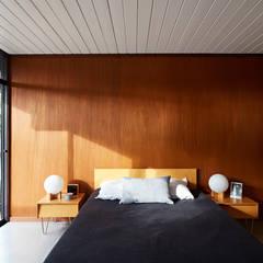 Mid-Mod Eichler Addition Remodel by Klopf Architecture: modern Bedroom by Klopf Architecture