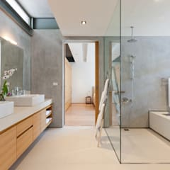 Sava Sai -  Phuket, Thailand:  Bathroom by Original Vision