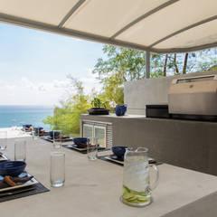 Villa Saengootsa :  Terrace by Original Vision, Modern