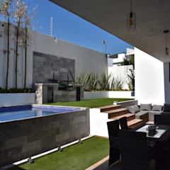 Pool by DEVELOP ARQUITECTOS