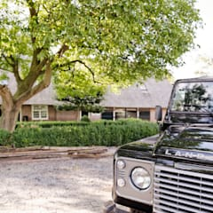 Droomhuis in Rijksmonumentale boerderij: landelijke Tuin door ODM architecten - erfgoed & architectuur