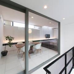 エクスチェンジハウス: ラブデザインホームズ/LOVE DESIGN HOMESが手掛けた窓です。