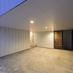 scandinavische Garage/schuur door 一級建築士事務所 Atelier Casa