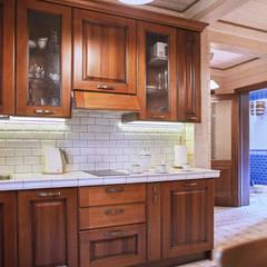 Кухня из массива в бане из бруса: Встроенные кухни в . Автор – ODEL