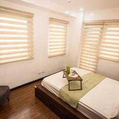 Sonata Private Residences: modern Bedroom by TG Designing Corner
