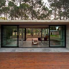 CASAS DE HORMIGÓN: Casas de estilo  por Casas Green Planet