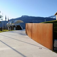 Centros para conferencias de estilo  por Studio Marastoni