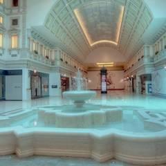 Fontana in marmo: Spazi commerciali in stile  di ARTE 2000 SRL