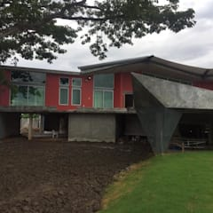 บ้านริมน้ำ กำแพงเพชร โดย ศูนย์รับสร้างบ้านอินเตอร์โฮม:  บ้านประหยัดพลังงาน by อินเตอร์โฮมพรอพเพอร์ตี้