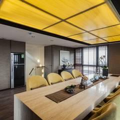 《一悅藏公設》:  會議中心 by 辰林設計