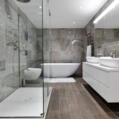 Brentford Showroom, TW8:  Bathroom by BathroomsByDesign Retail Ltd