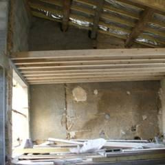 Rénovation complète loft 47: Chambre d'enfant de style  par BCCA²