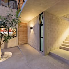Terrace house by Duarte Aznar Arquitectos