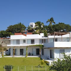 Estancias de estilo  por AWA arquitectos