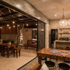 Villa Cherie: Casas de estilo  por CO-TA ARQUITECTURA, Rústico