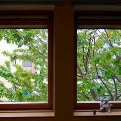 Projekty,  Okna drewniane zaprojektowane przez 株式会社 ATELIER O2